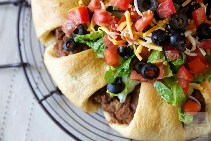 The Pampered Chef Taco Ring // Tried and Tasty