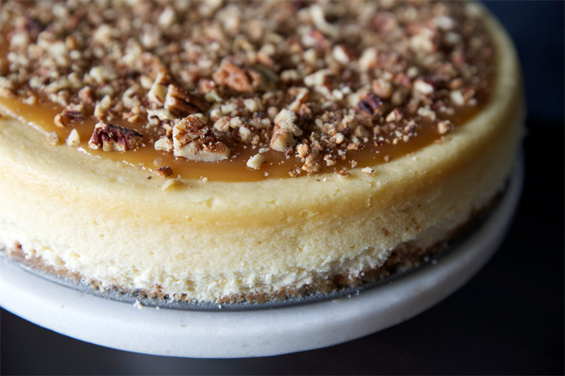 Pecan Pie Cheesecake // TriedandTasty