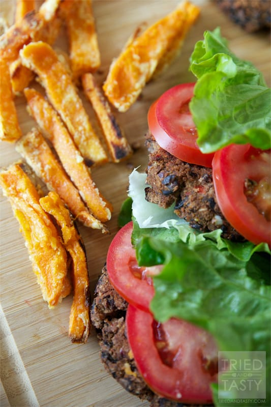 Lettuce-Wrapped Homemade Black Bean Veggie Burger // Tried and Tasty