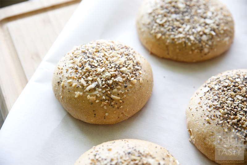 Everything Hamburger Buns // If you are familiar with the 'everything ...