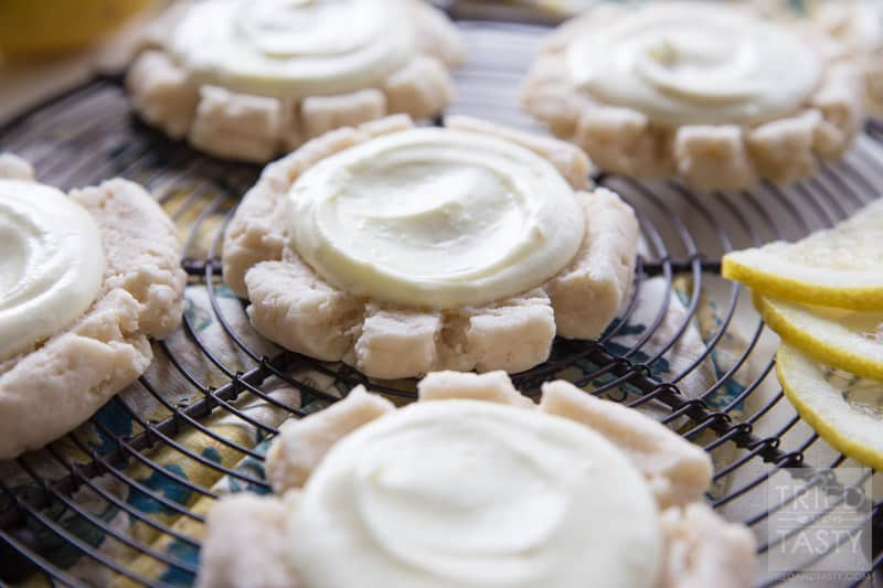 Lemon Swig Sugar Cookies // If you are a fan of citrus, you will be a fan of these Lemon 'Swig' Style Sugar Cookies. They are perfectly soft, sweet, and oh so lemony! | Tried and Tasty