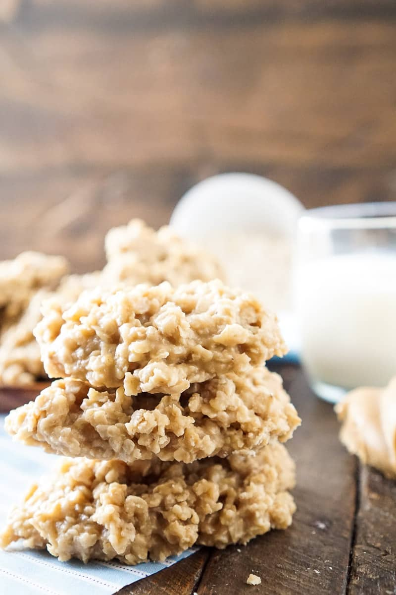 10+ Recipes For The Peanut Butter Lover // If you love peanut butter, you aren't going to want to miss this lineup of spectacular PB recipes that will satisfy any craving!   Food Holiday Bloggers