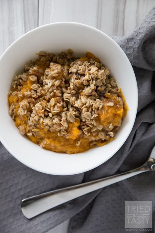 Healthy Sweet Potato Casserole // If you love mashed sweet potatoes, you will die over how divine these smooth and creamy potatoes are with a surprisingly healthy crunchy topping made with wholesome ingredients and refined sugar-free! | Tried and Tasty