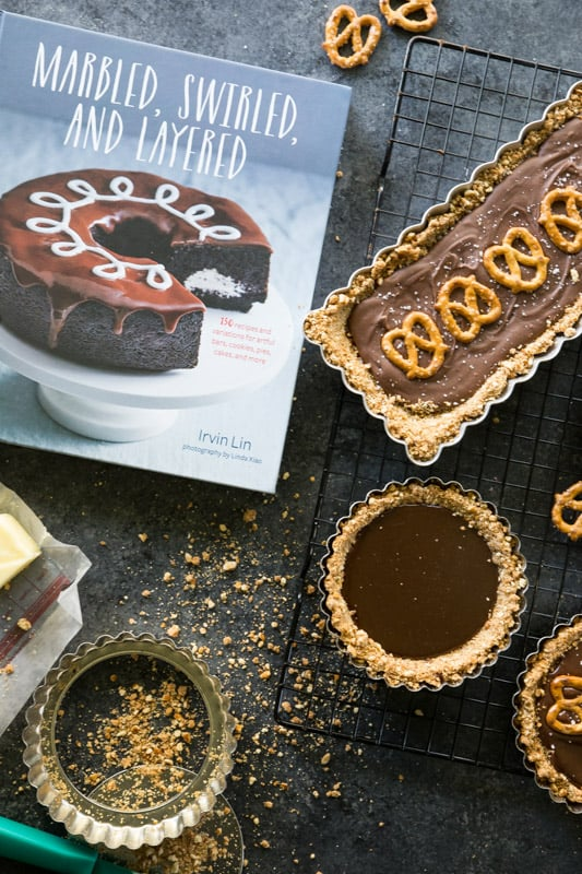 Pretzel, Caramel, and Milk Chocolate Tart // If you like the sweet and salty combo, then I can guarantee that you will LOVE these tarts. The perfect combination of sweet and salty, the perfect amount of sweetness and the showstopper of the party! | Tried and Tasty
